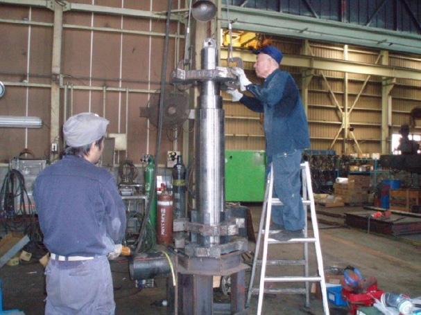 二軸破砕機ロータ軸製作写真